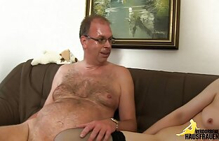 Double fisting and fucking dildo in her broken pussy porno hd bra