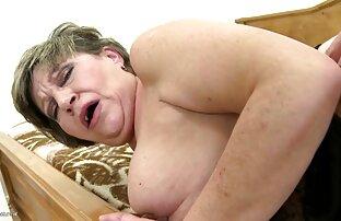 49 anos, a Avózinha Boazona tem habilidades incríveis video porno vr hd de twerking.